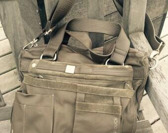 Mid-90's Mandarina Duck, Sage-Green leather shoulder bag.