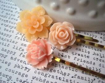Peach Bobby Pin Set, Flower Hairpins, Peach Flower Bobby Pins, Wedding Hair Accessory, Prom Hair Accessory, Bridesmaid Gift