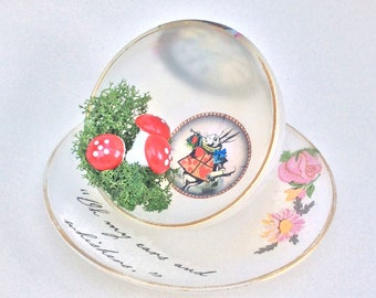 Alice White Rabbit, White Rabbit Alice, White Rabbit, Alice in Wonderland, Alice in Wonderland Decoration, Teacup and Saucer, Alice