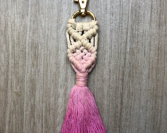 Dip dyed ombré pink macrame keychain