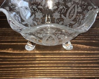 Chic 1950's glass candy dish