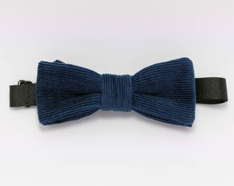 Teal velvet bowtie until dawn