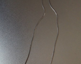 """Sterling silver 925 chain necklace . 15"""" or 38 cm length. 2 mm Width. Two sided texture. Condition Excellent Jewelry Gift."""