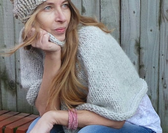 Hat, beige fleck hat, chunky beanie, hand knit hat beige beanie, chunky slouchy beanie,