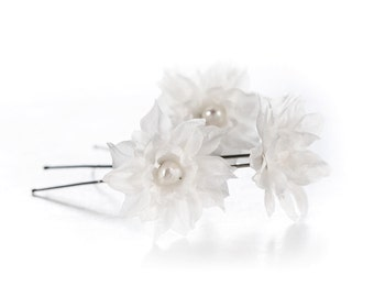 717_ Flower hair pins, Bridal hair pin, White hair flowers, Bridal accessories, Small flowers, Hair flowers, Hair accessories, Bridal hair.