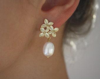 Gold Earrings Pearl Flower Earrings Drop Pearl Earrings Bridesmaid gifts June Birthstone Wedding Jewelry Birthday Bridesmaid Earrings Floral