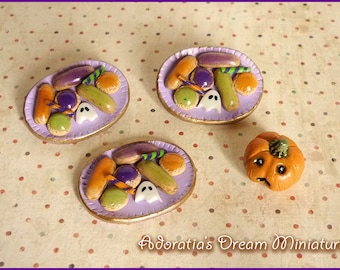Dollhouse Halloween miniature  1:12 scale. Miniature sweet and pastries. Dollhouse miniature Halloween food fully artisan.