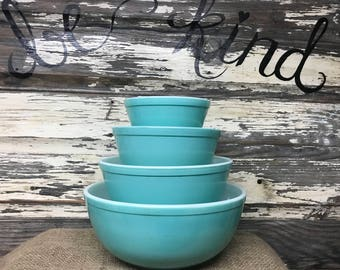 FULL SET - Vintage Pyrex Turquoise Mixing Bowl Set
