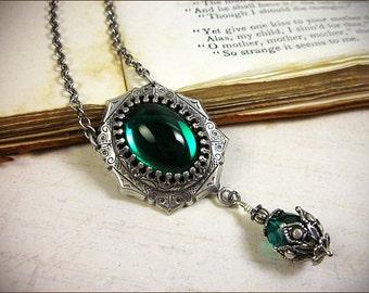 Emerald Jewel Renaissance Jewelry, Tudor Costume, Medieval Wedding, Ren Faire, Renaissance Pendant Necklace, MedCol