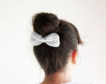 Ballet hair bow, White ballet hair bun bow, Girls ballet hair clip, Cute crochet hairbow, White hair bow barrette,Sock bun bow,Ballerina bow