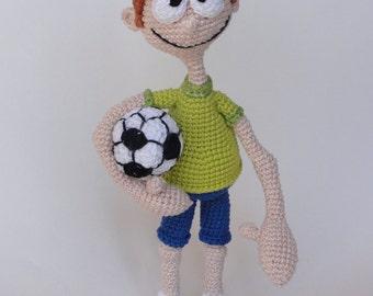 Amigurumi Crochet Pattern - Sporty Stevie - English Version