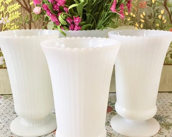 Milk Glass Vase Wedding Centerpiece Vases for Wedding Vases Bouquet Holder Flower Vases Vintage Vase Tall Vase White Vases Bulk Vases Flower