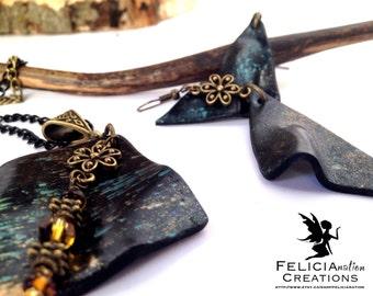 Halskette mit passenden Ohrringen mit handgemachten Fimoperlen und zarten Bronze Blüten, schönes Geschenk zum Muttertag