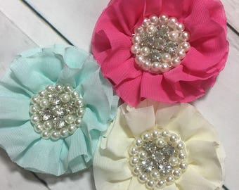Pink Dog collar flower with rhinestones and pearls