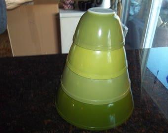 Full set of 4 Pyrex Verde AKA Green Print  Mixing Bowls, 401,402, 403, 404