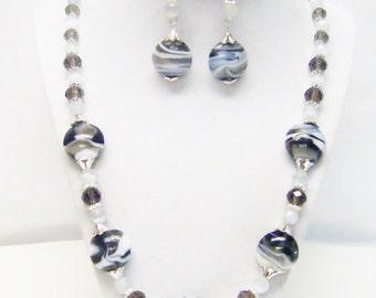 Gray/White Swirl Disc Glass Bead Strand Necklace/Earrings