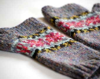 Knitting Pattern, Fair Isle Fingerless Gloves,  PDF Digital Download, Alice Mitts