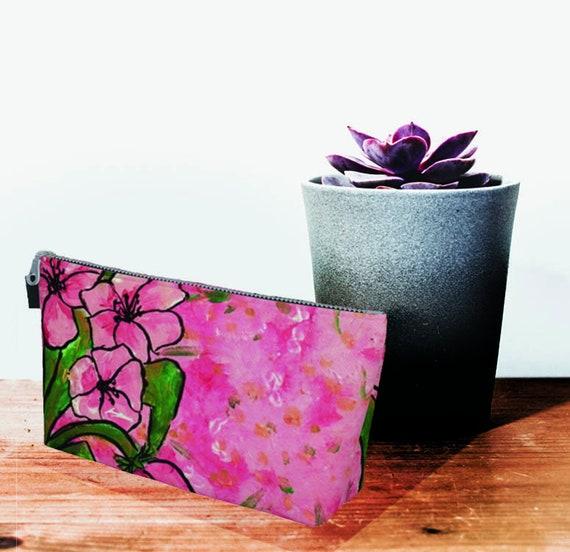 Spring clutch, printed clutch, zipper clutch, colourful clutch, clutch, Bridesmaid clutch, flower Print, pink clutch, light blue purse