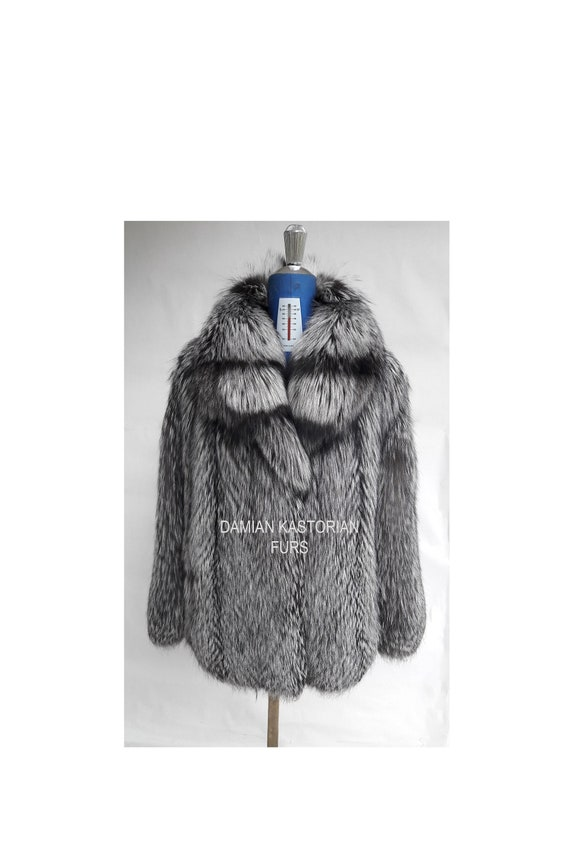 BRAND NEW!! SiLVER fOX fUR COAT full skin with collar
