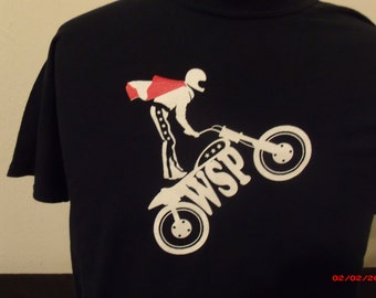Widespread Panic Shirt.. Evel Knievel ripping it up on the WSP Dirt Bike. Poppa Johnny Road Lyrics on the back.