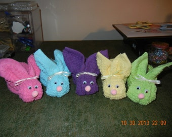 Boo Boo Bunnies comes with plastic Ice Cube, Shower Favors, Towel Favors