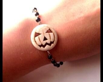 Jack O Lantern Pumpkin Bracelet, Carved Howlite
