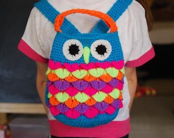 Gift under 30euros. Cute Kids owl bag. Crochet backpack for toddlers. Owl like bag. Birthday gift. Multi color funky bag. Walk back pack.