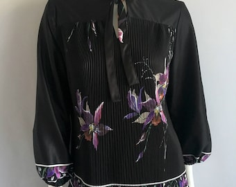 Vintage Womens 70's Black, Floral, Blouse, Polyester, Long Sleeve by Leo Laley (XL)