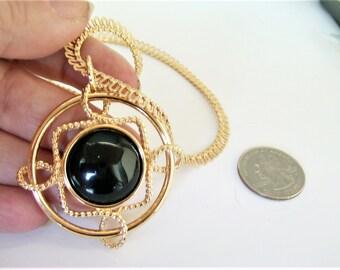 Vintage Monet Necklace / Monet Jewelry / Monet Pendant / Signed Jewelry / Designer Necklace / Designer Jewelry / Signed Necklace