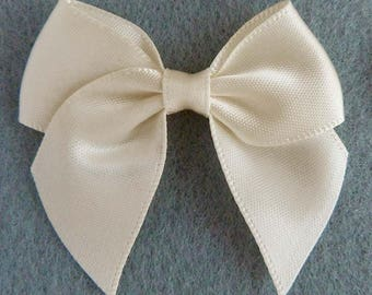 Set of 10 appliques 5cm ivory satin bow