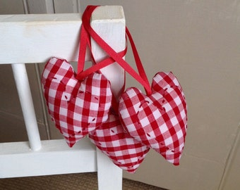 Set of 3 hanging heart decorations