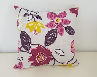Cushion cover 40 x 40 cotton floral on beige background