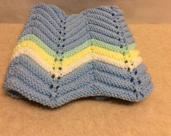 Small knit baby blanket