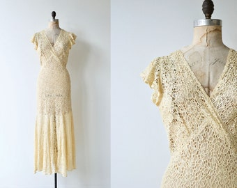 Dolce Cuore wedding gown | vintage 1930s wedding dress | long lace 30s dress