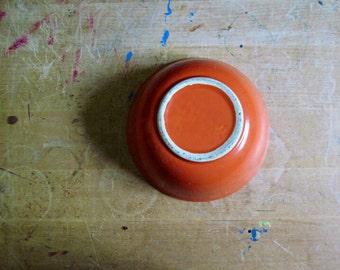 Vintage Bowl, Orange Ceramic Bowl, Ceramic Dinnerware, Orange Dishes, Cat Bowl, Vintage Dishes, Bowl Vintage, Serving Bowl, Mixing Bowl