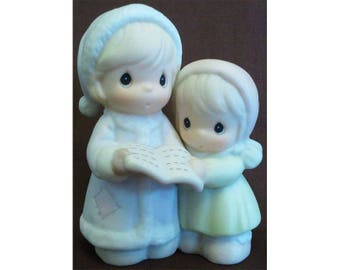 Precious Moments Sugar Town Aunt Ruth and Aunt Dorothy Two Girls Carolling Figurine Signed Trumpet 1994 Enesco Collectible 529486 NIB