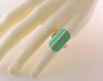 Size 8 Silver Tone Mint Green Enamel And Rhinestone Ring