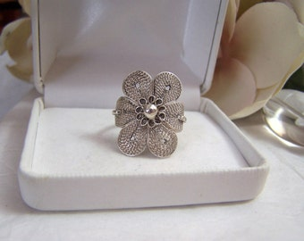 Womens Sterling Statement Ring Focal Floral Artisan Altered Authentic Vintage Etruscan Fine Jewelry
