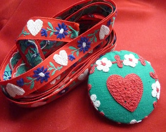 Ribbon and the Alps - hearts and Edelweiss button - vintage cotton