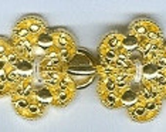 BC141 or BC148 - Metal Clasp - Ornate Shiny Gold or Silver/Nickel Finish Cloak Clasp