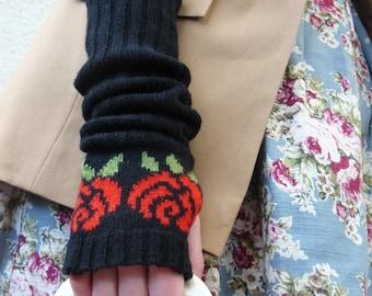 Black Fingerless Gloves, Red Rose Pattern, Gift for Wife