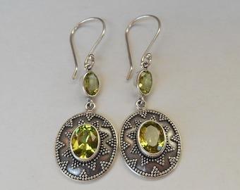 Gemstone earrings, Sterling Silver Peridot Dangle Earrings, Granulation Handmade Jewelry, handmade earrings, Birthstone, Gift for her