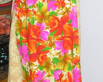 Vintage 60s, Hawaiian caftan, cotton, vibrant colors, size 10, belled sleeves, by Sears Hawaii, MINT condition, maxi