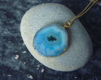 quartz stone and Flower necklace