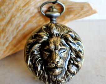 Lion pocket watch, men's mechanical pocket watch with lion mounted on front cover