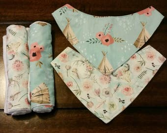 SALE-Boho baby bibdana| bandana bibs| baby burpcloth| teepee | flowers
