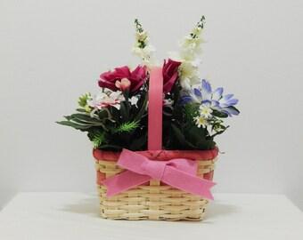 Floral Centerpiece, Gift For Her, Small Arrangement,  Silk Flowers, Mother's Day Gift, Floral Arrangement, Easter Decor, Flower Arrangement