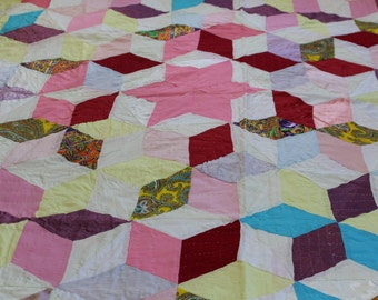 Vintage tumbling block quilt hand piecd and quilted