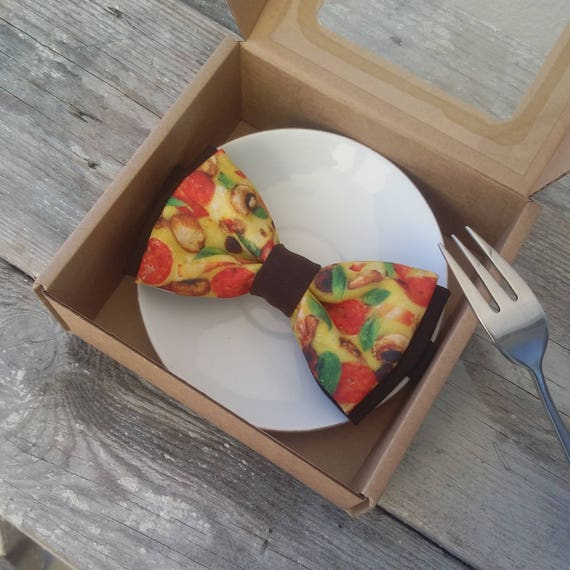 Pizza party bowtie