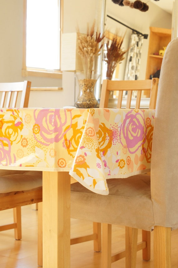 laminated cotton tablecloth saturday floral. Black Bedroom Furniture Sets. Home Design Ideas